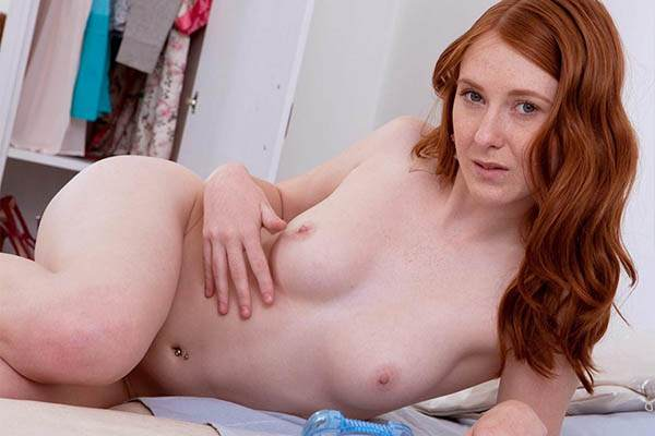 Teen Redhead Sophia Having Just Legal Phone Sex